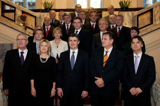 http://inavukic.files.wordpress.com/2011/12/new-government-of-croatia-december-2011.jpg