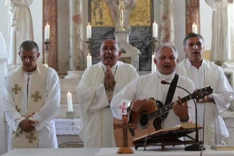 Cavoglave Croatia Victory Day 2013 Mass Photo: uz-gange-i-bukaru.com