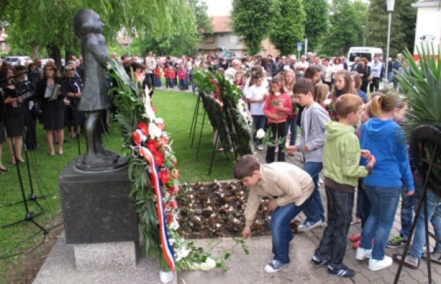 Slavonski Brod Croatia  city images : Croatia: Victory Remembers The Children – Croatia, the War, and the ...