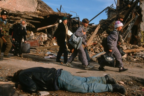 Croatia Vukovar 1991 - amidst death and destruction Photo: Christopher Morris