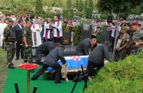 Zvonko Busic laid to eternal rest at Mirogoj, Zagreb, Croatia 4 September 2013  Photo: Dnevno,hr