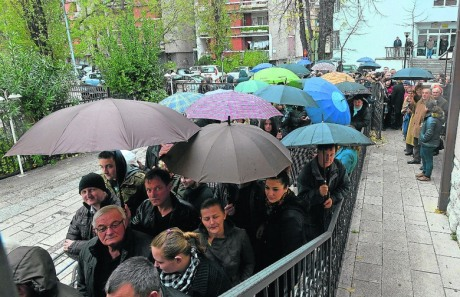 Croats vote in referendum on marriage 1 December 2013   Photo: Stole Lasic