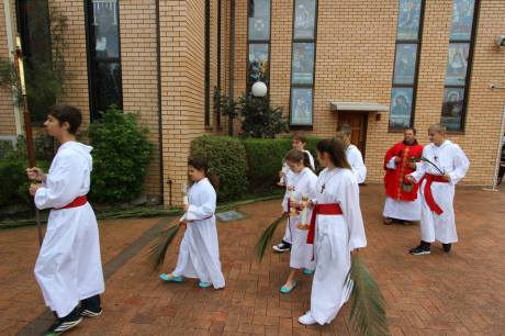 Palm Sunday 2014 - Croatian church, Sydney Australia Photo: Boka Cropress
