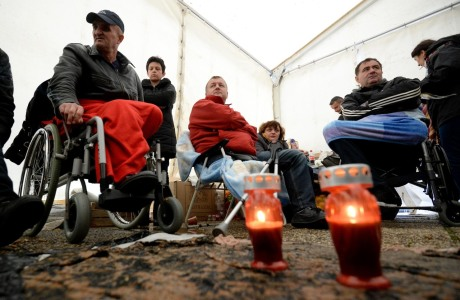 Candles for Nevenka Topalusic at the war-invalids' protest site  in Zagreb ,CroatiaPhoto: Marko Prpic/Pixsell