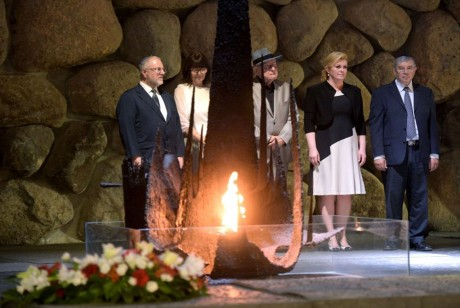 Croatian President Kolinda Grabar-Kitarovic at Yad Vashem/ Israel with Branko Lustig (in hat)  Photo: Office of President, RH