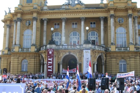 Protests in Zagreb in front of the Opera House 'Seeking removal of Marshall Tito name to the city square the building stands on