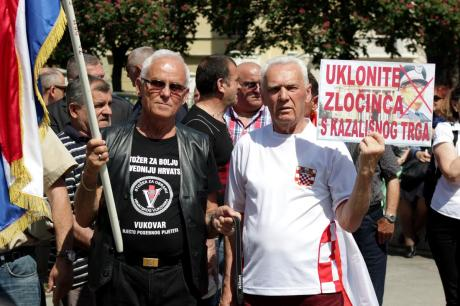 """Remove the criminal from the opera square"" Say placards at Zagreb protests 23 August 2015"