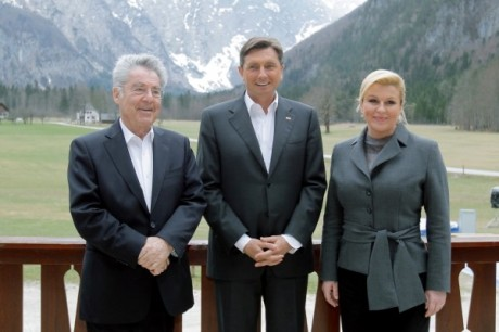 From left: Austria president Heinz Fischer Sloveina president Borut Pahor and Croatia president Kolinda Grabar-Kitarovic at European Alpback Forum end of August 2015