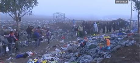 Screenshot Euronews 23 October 2015 At the Border Between Croatia and Serbia