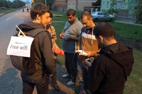 September 2015 Valent Turkovic makes Free WiFi for hundreds of thousands of refugees passing through Croatia possible Photo: Otvorena Mreza