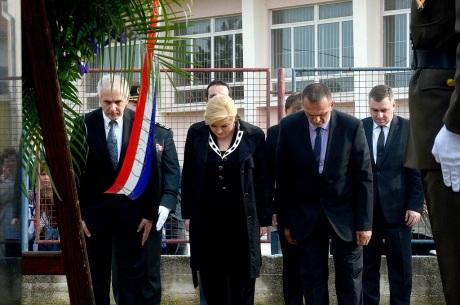 Croatia's President Kolinda Grabar-Kitarovic Bows to the victims of Skabrnje 18 November 2015 Photo: HINA