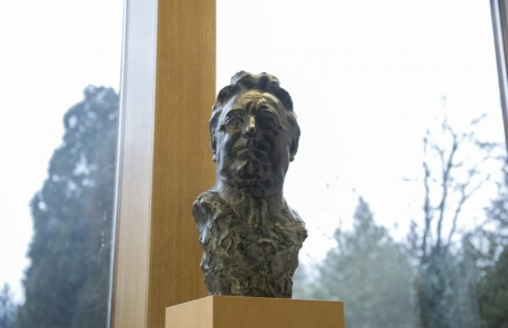 bust of Franjo Tudjman by sculptor Kruno Bosnjak placed among Croatian greats at Office of the President of Croatia 19 February 2016