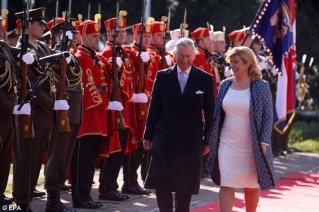 Charles Prince of Wales and Croatia's President Kolinda Grabar Kitarovic Inspect the presidential Guard and Croatian Army Soldiers Photo: Tim Rooke/REX/Shuttleimages
