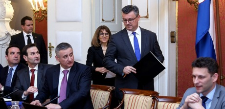 Croatia's Prime Minister Tihomir Oreskovic 2016 Budget-ready in his cabinet Photo: Patrik Macek/PIXSELL