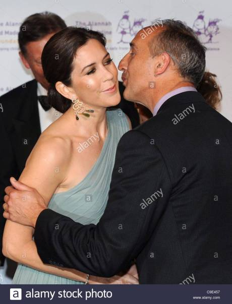 Crown Princess Mary of Denmark and Walter Mikac 2011 Photo: EPA/William West/Alamy stock photo