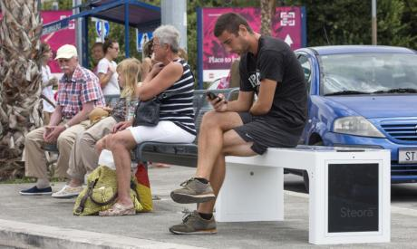 Steora Include Smart Bench in Croatia Photo: Bozidar Vukicevic/Hanza Media