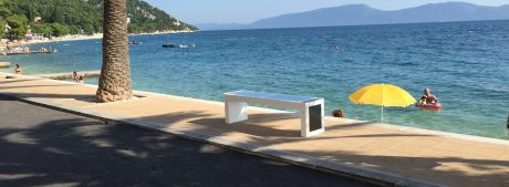 Steora Smart Bench in Gradac Croatia Photo: steora.com