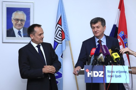 "(L) Drago Prgomet (R) Milan Kujundzic ""Now you see us, now you don't and again you do"" in HDZ Photo: Patrik Macek? Pixsell"