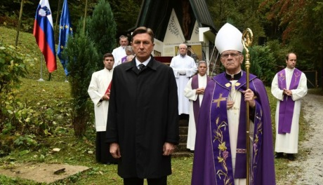 Slovenian President Borut Pahor with Bishop Stanislav Lipovsek at Huda Pit Monday 3 October 2016 Photo: STA