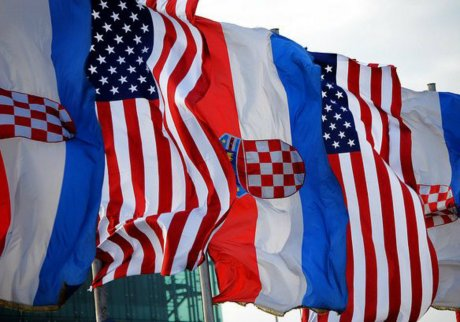 croatia-and-america-flags