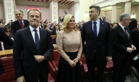 Donald Tusk (L) Croatian President Kolinda Grabar-Kitaroviv (C) Croatian Prime Minister Andrej Plenkovic (R) Photo: net,hr